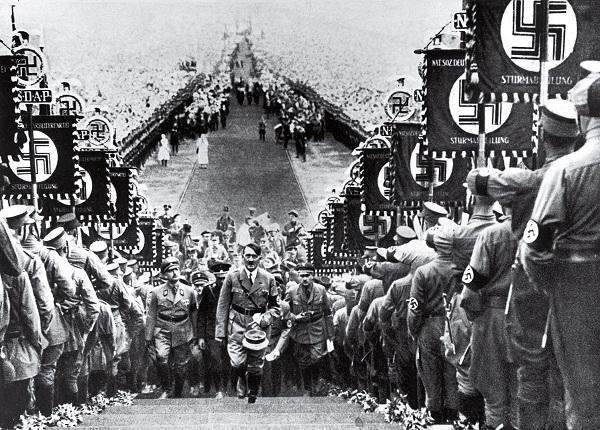 Nazi rally 600