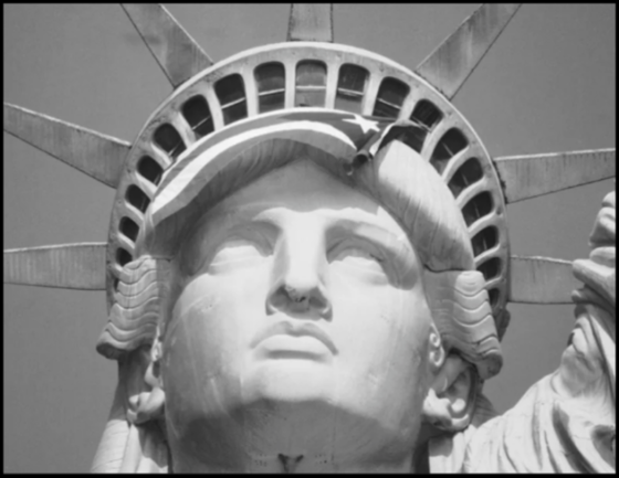 Statue of Liberty BW 560